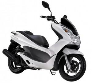Motor matic terbaik 5: Honda PCX