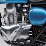 2014-Kawasaki-Estrella-250-Candy-Caribbean-Blue-Engine-Cover