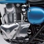 2014-Kawasaki-Estrella-250-Candy-Caribbean-Blue-Engine-Cover
